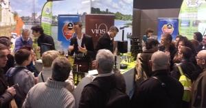 Dégustation de vin au salon de l'agriculture